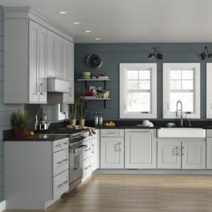 Australian Standard Modern Lacquered Shaker Kitchen Cabinet