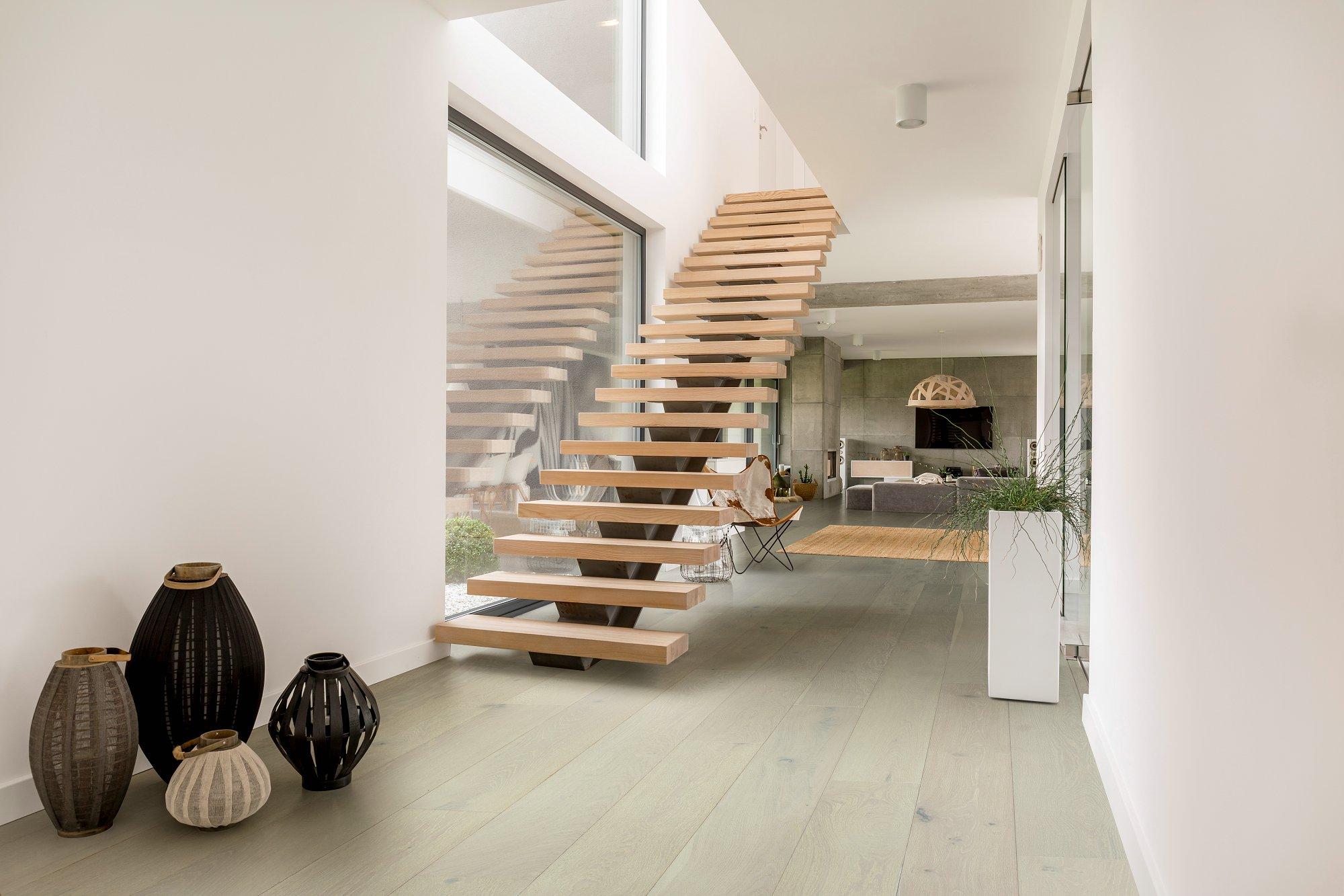 Oak flooring -white